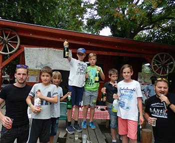Csiki Ring bajnokai dron tabor a Csiki Pihenokertben