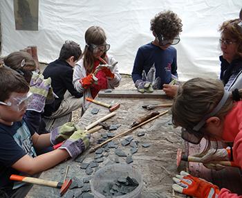 Dinoszaurusz expedíció – őskori régésztábor Csiki Pihenokert