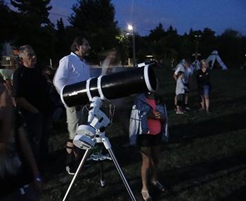 Karnyújtásnyira az Univerzum - csillagász és természettudományi tábor az Utazó Planetáriummal